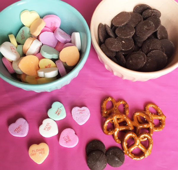 Quick & easy Valentine's Day recipes & DIY treats to make with kids